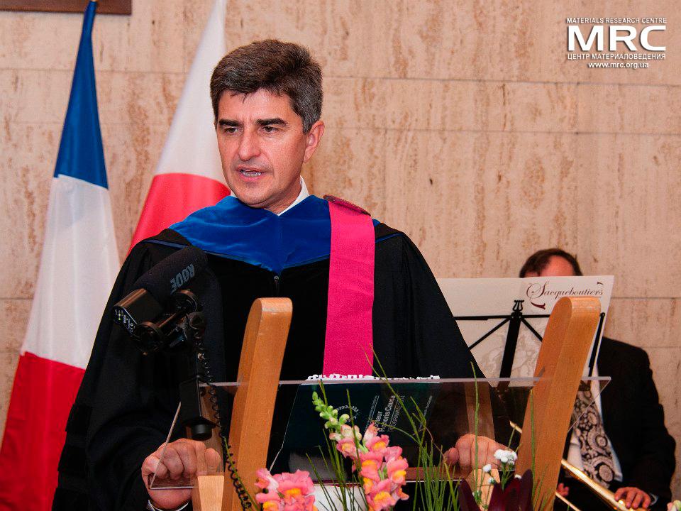 Проф.Юрий Гогоци получил звание почетного доктора Университета Поля Сабатье, Тулуза,Франция , 8 октября 2014г.