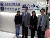 Dr. Yury Gogotsi and prof. Fang Guo with postgraduates, SARI, China, November 2012