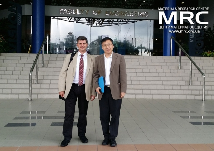 Prof. Yury Gogotsi with Materials Science Department Head Prof. John Wang at the National University of Singapore