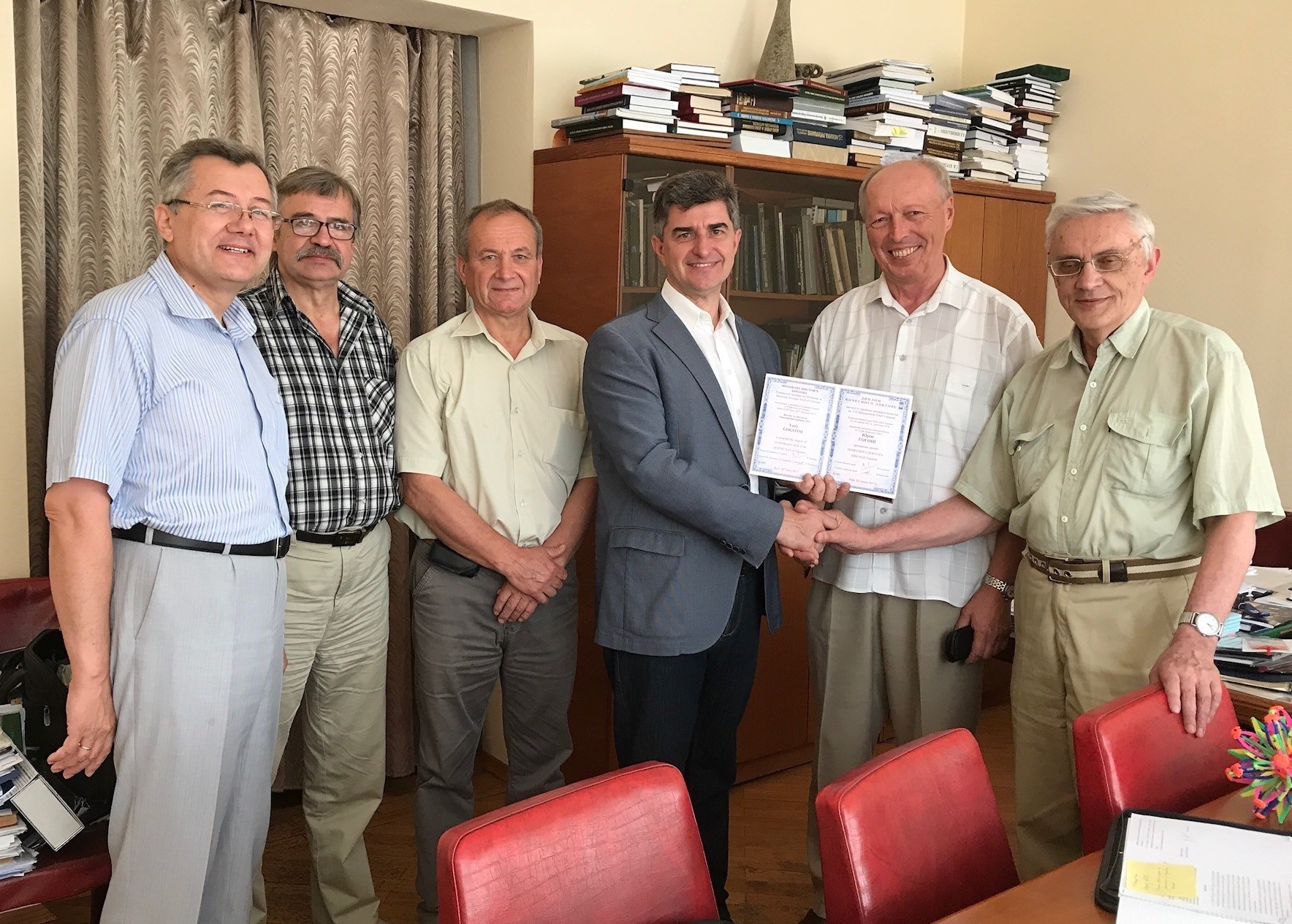 Deputy Directors of IPMS NAS professors Dr. Ragulya, Dr. Baglyuk, Mr. Zavorotnyi, Honorary Professor of IPMS NASU Yury Gogotsi,  Scientific Secretary Dr. Kartuzov and Dr. Firstov