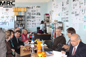 Work discussion on the projects results. From left to right:  N.Dudko, I.Tomashevskaya (STCU), S.Saenko (KIPT), M.Brodnikovskiy, Yu.Zubets, A.Ustyuzhanina (MRC),  M.Gubinskiy(NMetAU), . Barsukov (AETC, USA) and Upendra S. Rohatgi(Brookhaven National Laboratory, USA)
